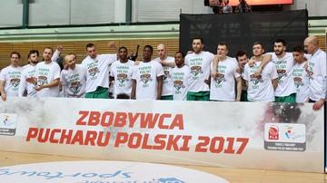 2017-02-22 Baner Zbobywcy Pucharu Polski robi furorę! Trafi na aukcję charytatywną