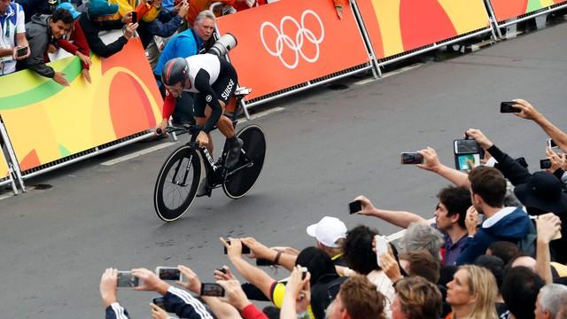 Kolarstwo - Bodnar szósty w jeździe na czas, triumf Cancellary