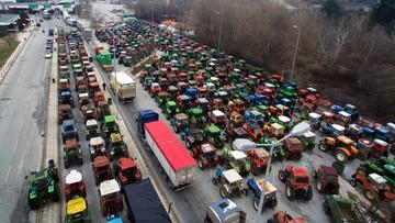 22-01-2016 13:49 Grecja: Rolnicy zablokowali drogi, protestują przeciwko reformie emerytalnej