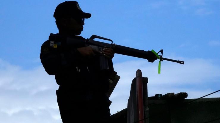 Filipiny: w walkach o Marawi armia omyłkowo zabiła 10 własnych żołnierzy