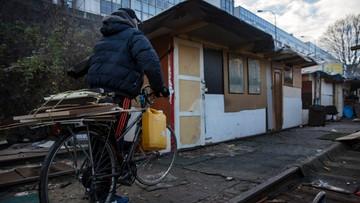 """12-01-2016 17:45 Masowa """"ewakuacja"""" Romów we Francji. 11 tys. ludzi usuniętych siłą"""