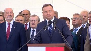 """2017-08-15 """"To jest armia Rzeczypospolitej Polskiej, to nie jest niczyja armia prywatna"""". Prezydent na obchodach Święta Wojska Polskiego"""