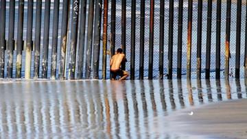 """17-11-2016 10:56 Specjalna linia """"ratunkowa"""" dla Meksykanów w USA"""