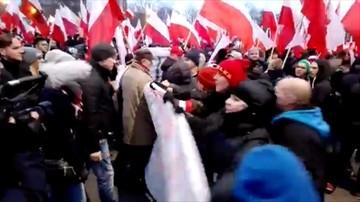 Stanęły naprzeciw Marszu Niepodległości w Warszawie. Zobacz, co było dalej
