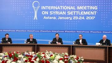 """""""Nie przyniosły przełomu"""". Rosyjska prasa o rozmowach na temat Syrii w Astanie"""
