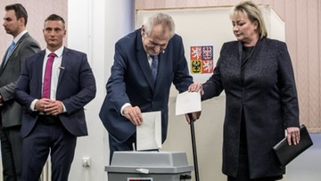 12-01-2018 22:59 Wysoka frekwencja w pierwszym dniu wyborów prezydenckich w Czechach
