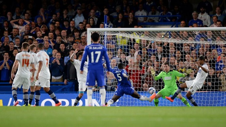 Capital One Cup: awans Chelsea i Manchesteru City