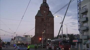 02-07-2017 21:51 Dogaszono pożar zabytkowej katedry w Gorzowie Wielkopolskim. Demontaż iglicy i części kopuły