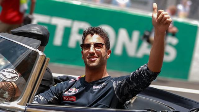Ricciardo wygrał Grand Prix Malezji, awaria bolidu Hamiltona