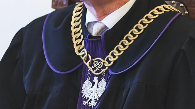 5 osób zatrzymanych w zw. z przywłaszczeniem wielu milionów złotych na szkodę Sądu Apelacyjnego w Krakowie