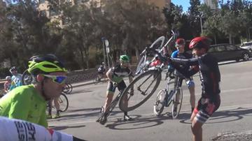 2016-02-10 Huraganowy wiatr przewracał kolarzy i porywał rowery! (WIDEO)