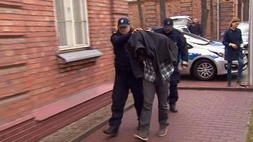 30-03-2016 12:46 Trzy miesiące aresztu dla podejrzanego o fałszywy alarm bombowy na lotnisku w Modlinie
