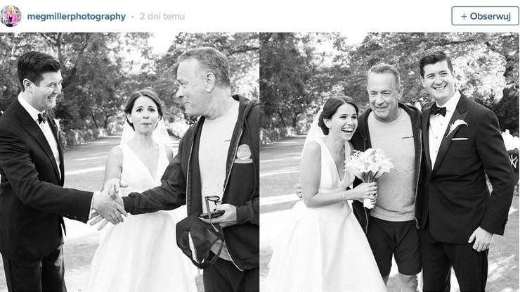 Tom Hanks przerwał sesję ślubną, bo chciał zrobić sobie selfie z nowożeńcami
