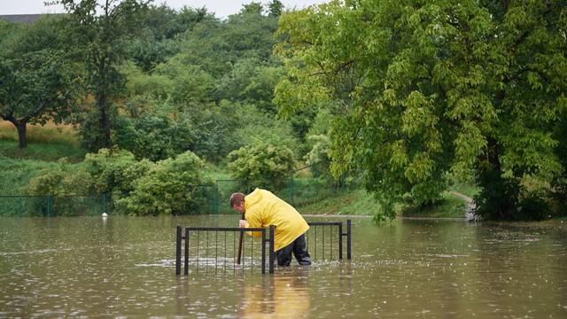 Gdańsk o krok od powodzi. Wielka ulewa na Pomorzu