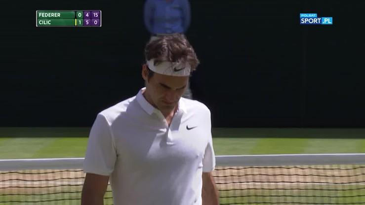 Wimbledon: Federer prosto w siatkę w... prostej sytuacji