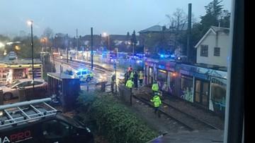 09-11-2016 20:01 Tragiczny wypadek tramwajowy w Londynie. Siedem osób nie żyje, kilkadziesiąt jest rannych