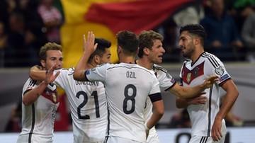 2015-09-05 Niemieccy piłkarze zrobili sobie zdjęcie po meczu z Polską. Job done