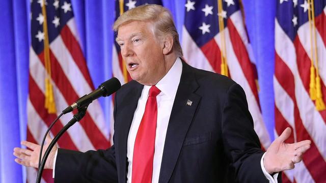 Trump: Clinton winna jak diabli!