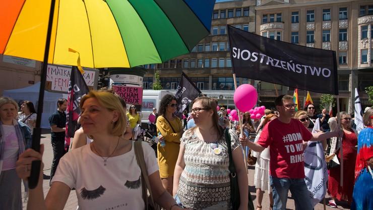 Marsz dla matek - o łatwiejsze macierzyństwo, żłobki i antykoncepcję