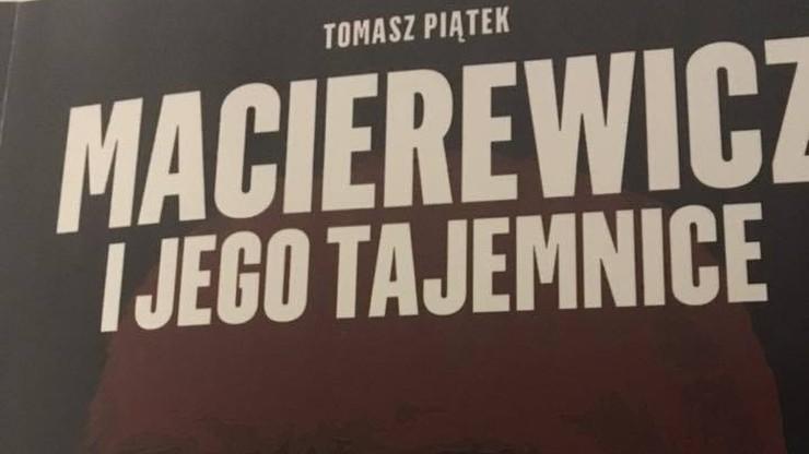 Prokuratura Krajowa zajmie się sprawą książki o Macierewiczu. Opisane są w niej rzekome powiązania ministra z Rosją