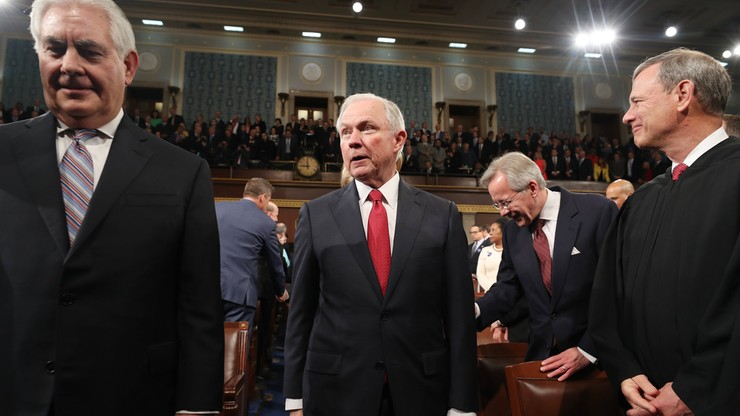 Washington Post: Prokurator Generalny USA zataił kontakty z Rosją