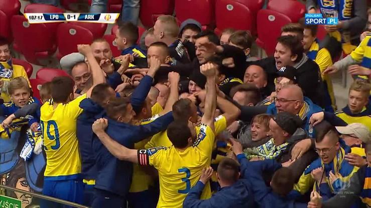 2017-05-02 Finał Pucharu Polski: Lech - Arka 0:1. Gol Siemaszki