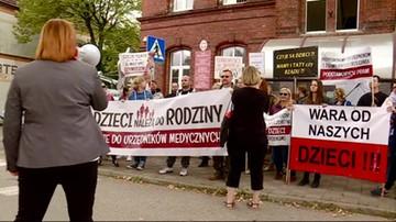 2017-09-19 Protest przed Sądem Rejonowym w Białogardzie