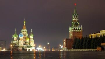 10-02-2016 14:05 Rosja: atak w Moskwie na polityka opozycji. Rzucili w niego tortem