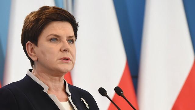 Beata Szydło: rządowy zespół już pracuje nad programem Za Życiem