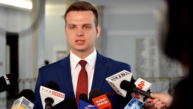 """Kukiz'15: Polska może zjednoczyć mniejsze kraje UE. Chronić je przed """"zakusami Niemiec i Francji"""""""