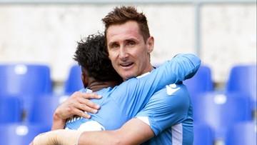 """21-04-2016 13:06 """"Mario zostań z nami"""". Kibice Lazio kochają Miroslava Klose"""