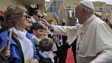 02-10-2016 17:04 Papież apeluje o rozwiązanie konfliktów na Kaukazie