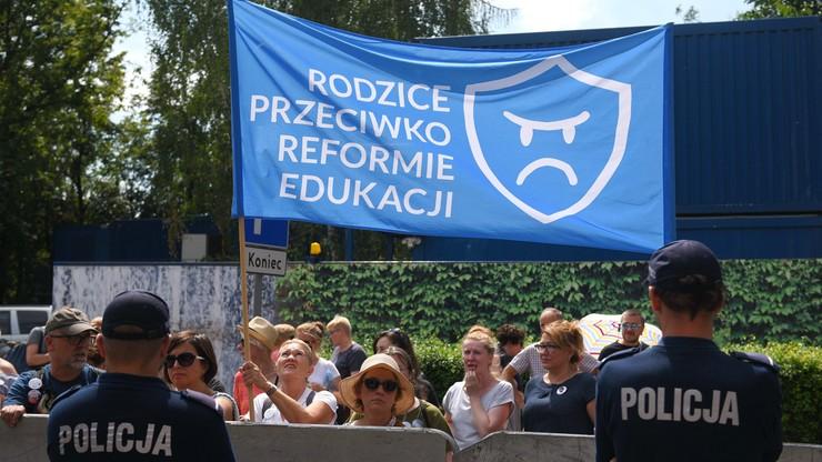 17 września 2017 r. proponowanym terminem referendum ws. reformy edukacji