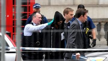2017-04-27 Mężczyzna aresztowany obok parlamentu w Londynie. Miał przy sobie noże