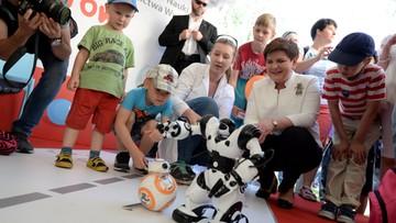 """05-06-2016 11:29 """"Dzieci rządzą"""". Święto najmłodszych w ogrodach kancelarii premiera"""