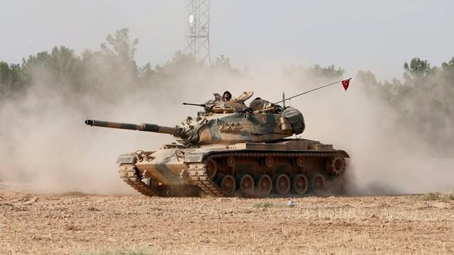 Turcja rozpoczęła operację zbrojną przeciwko IS w Syrii