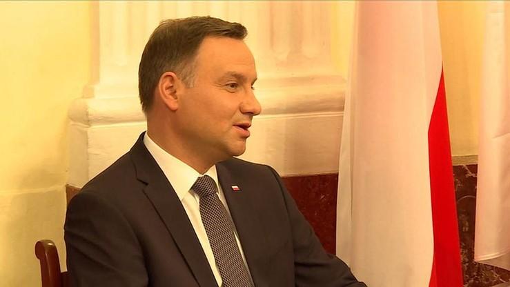 Prezydent Duda jak Markowski. Tak zaśpiewał przebój Perfectu