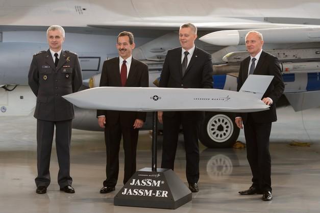 Umowa na pociski JASSM do F-16 podpisana