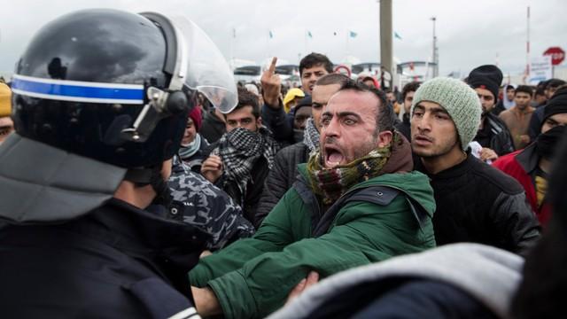 Francja: liczba migrantów w Calais wzrosła nawet do 6 tysięcy
