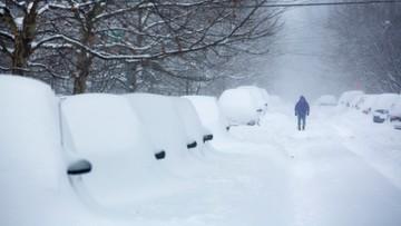 Śnieżyca paraliżuje USA. Są ofiary śmiertelne