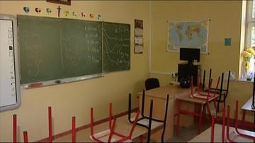 MEN chce zrezygnować z nauczania indywidualnego w szkołach