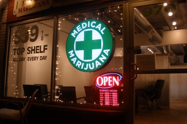 MZ pozwala na import leków z marihuaną