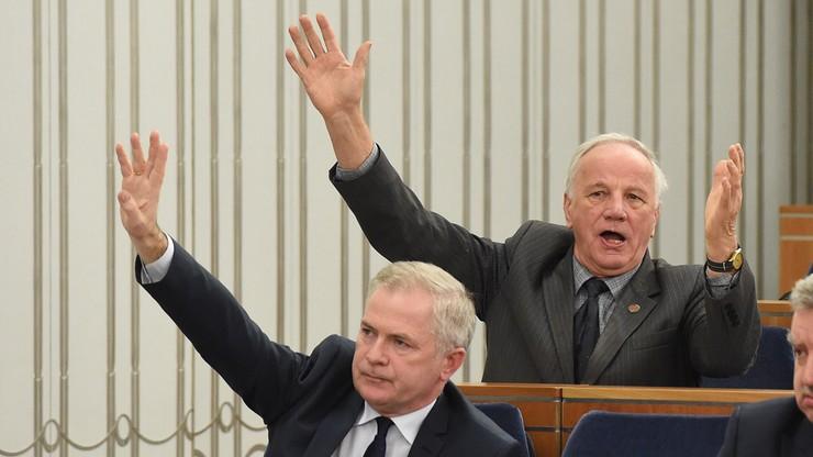 Senatorowie PO zapowiadają, że wyjdą z sali plenarnej podczas głosowań