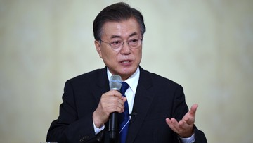 17-08-2017 07:29 Prezydent Korei Płd.: USA zobowiązały się uzyskać zgodę Seulu przed podjęciem działań wobec Północy