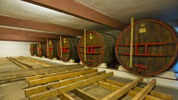 """04-11-2016 12:25 Afera """"księżycowego wina"""". Wielomilionowa grzywna za fałszowanie Bordeaux"""