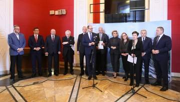"""24-03-2017 14:43 Prezydenci 12 miast apelują do premier o """"opanowanie chaosu"""" w sprawie samorządów"""