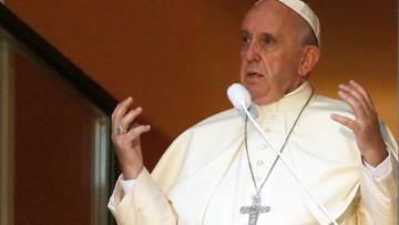 """29-07-2016 20:55 """"Jezus cierpi w chorych dzieciach"""". Papież w oknie na Franciszkańskiej"""
