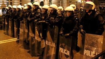 02-01-2017 13:30 Policja o zamieszkach w Ełku: chuligani wykorzystali tragedię