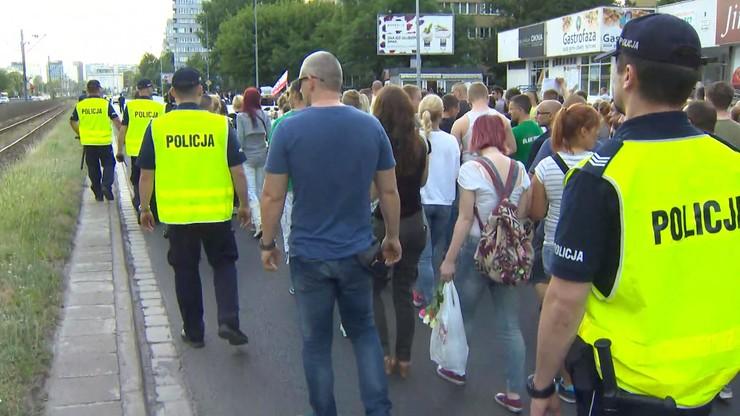 Wrocław: spokojny marsz przeciwko brutalności policji