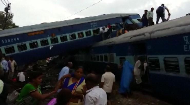 Katastrofa kolejowa w Indiach. Co najmniej 23 osoby zginęły